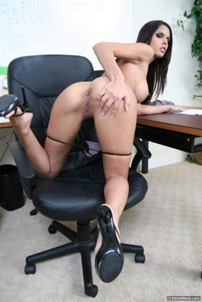 Shy Love Shaved Pussy